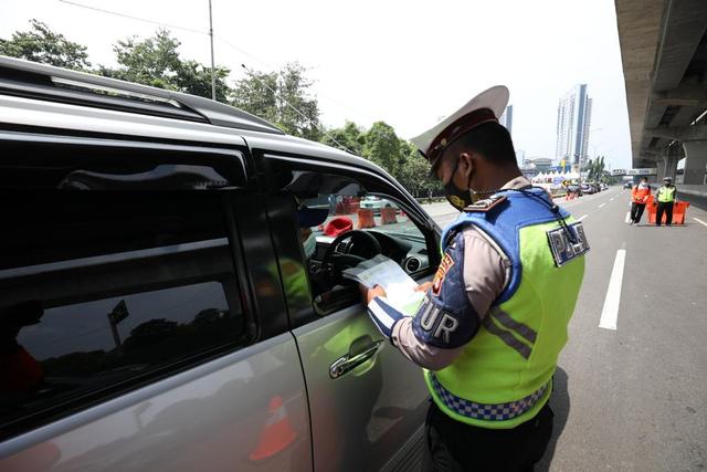 Jangan Lupa Ada PPKM Level 4-3, Ini Syarat Berkendara di Jabodetabek (50868)