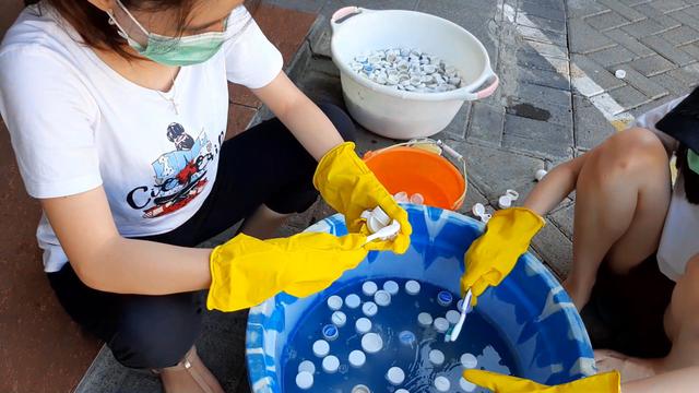 Peluang Usaha Daur Ulang Sampah Plastik Menjadi Furnitur (28154)
