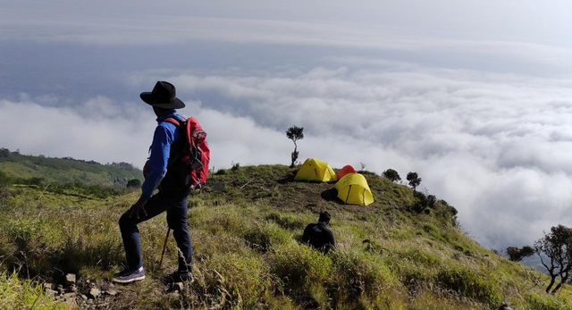Menjajal Jalur Pendakian Baru Gunung Sumbing via Dukuh Seman (199080)