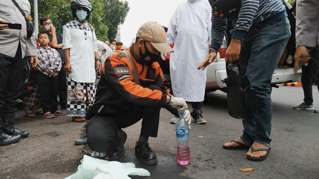 Pengemudi Bentor di Malang Tewas Sambil Genggam Minuman Suplemen (67302)