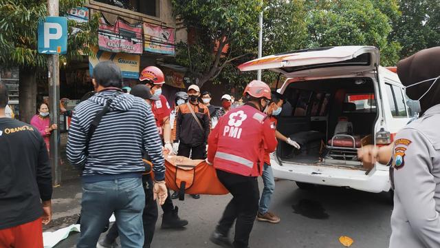 Pengemudi Bentor di Malang Tewas Sambil Genggam Minuman Suplemen (67303)