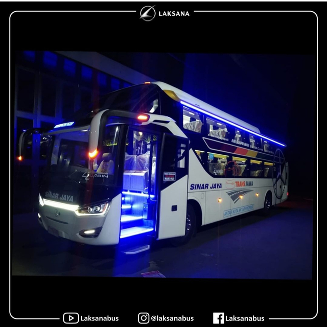 Intip 6 Bus 'Rebahan' Baru Milik PO Sinar Jaya yang Pakai Sasis Mercedes-Benz (177388)