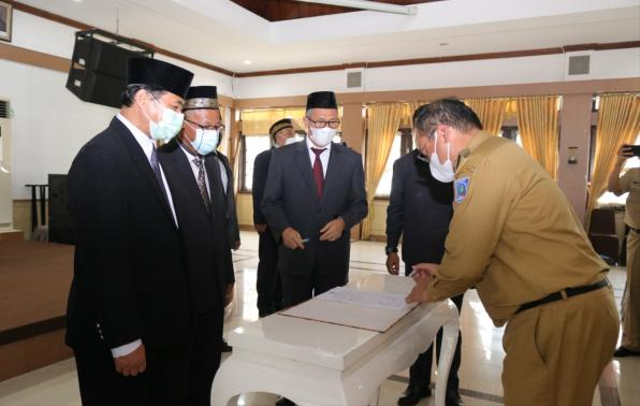 Gubernur Bangka Belitung Minta Kepala SMA/SMK Kreatif dan Inovatif (246230)