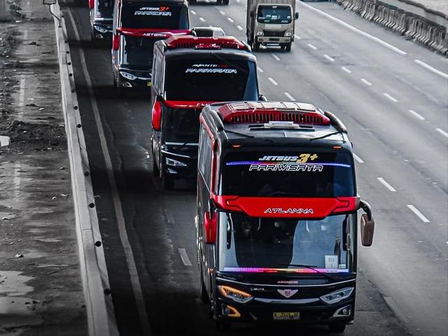 Berita Populer: Spesifikasi Bus Juragan99; Generasi Baru Land Cruiser (803027)