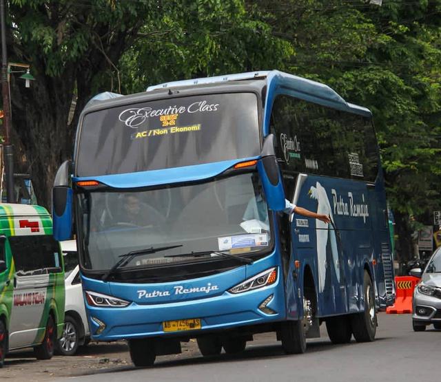 Larangan Mudik Berakhir, 7 PO Bus AKAP Umumkan Penyesuaian Tarif! (286844)