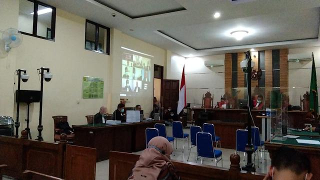 Jaksa Bacakan Tuntutan Suap Fee Proyek Pemkab Lampung Selatan (356445)