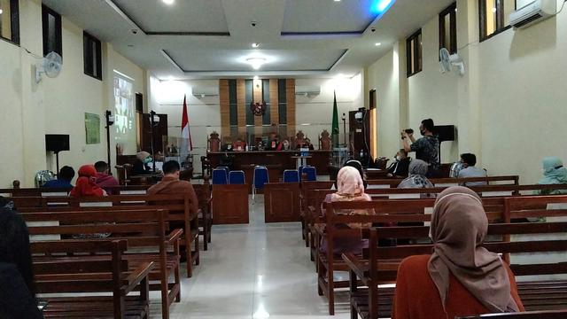 Jaksa Bacakan Tuntutan Suap Fee Proyek Pemkab Lampung Selatan (356446)