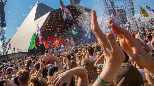 Festival Musik Glastonbury Boleh Digelar Selama Sehari (170040)