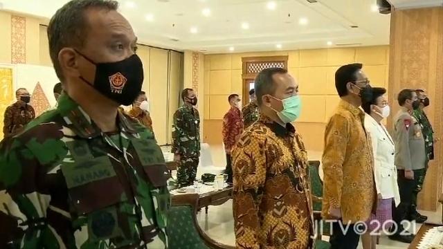 Kebijakan Mendengarkan Lagu Indonesia Raya Tiap Pagi di Yogya Menuai Kritik (47800)