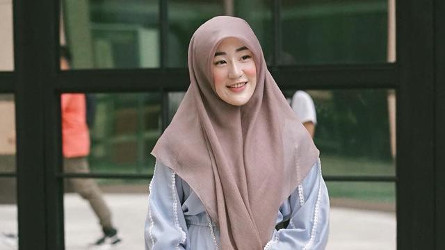 Bahagia dan Terharu Lihat Adik Alvin Faiz Menikah, Larissa Chou Beri Doa Terbaik (267244)