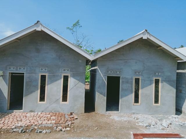 Sejumlah Rumah Korban Gempa Malang Rampung, Tapi Warga Belum Boleh Menempati (1001903)