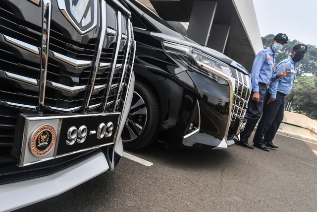 Foto: Melihat Lebih Dekat Pelat Mobil Khusus Anggota DPR  (169434)
