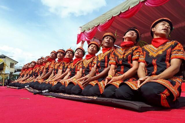 Pola Lantai Tari Saman dan Gerak Tari Khas Tanah Gayo (393320)