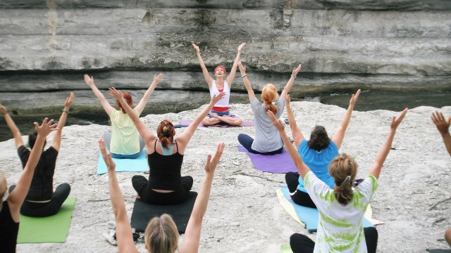 Mengenal Yoga Tantra yang Kerap Diselewengkan Jadi Kelas Orgasme (199734)