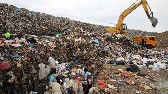 Berbelanja Pakai Kantong Plastik di Banda Aceh Kena Biaya Rp 500 (117288)