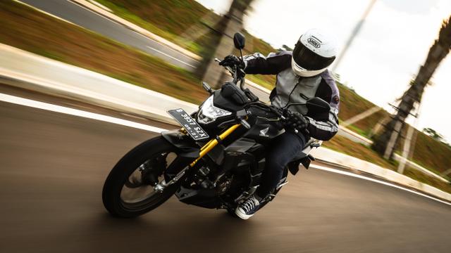 Bikin Honda CB150R Terbaru Tampil Beda, Modalnya Mulai Rp 50 Ribu (163848)