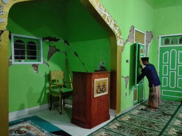 Masjid Sabilul Huda di Desa Srimulyo Minim Bantuan Pasca-Gempa Malang (20546)