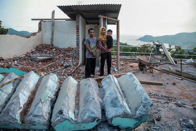 Foto: Penyaluran Donasi Gempa Malang oleh Tugu Media Peduli X Bakti BCA (1038190)