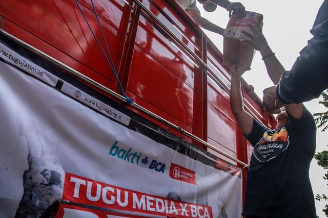 Foto: Penyaluran Donasi Gempa Malang oleh Tugu Media Peduli X Bakti BCA (1038193)
