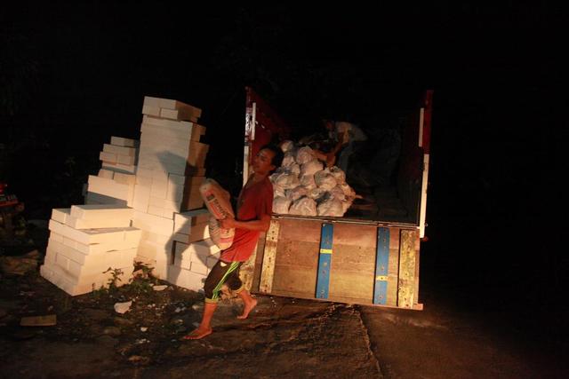 Foto: Penyaluran Donasi Gempa Malang oleh Tugu Media Peduli X Bakti BCA (1038198)