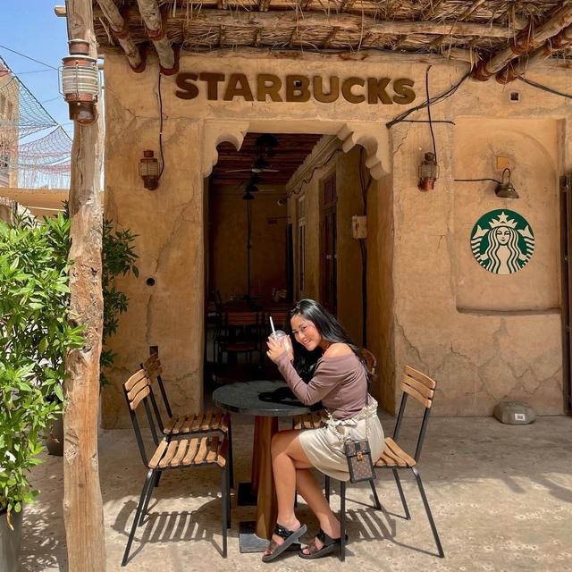 Diduga Bersama Pacar Baru, Ini 5 Gaya Rachel Vennya saat Liburan di Dubai (454000)
