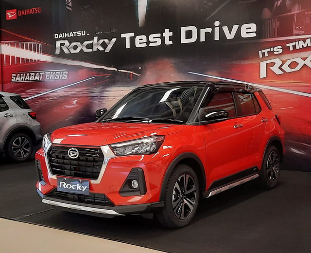Berita Populer: Toyota Raize dan Daihatsu Rocky Hybrid; Pajero Sport Bekas Murah (783860)