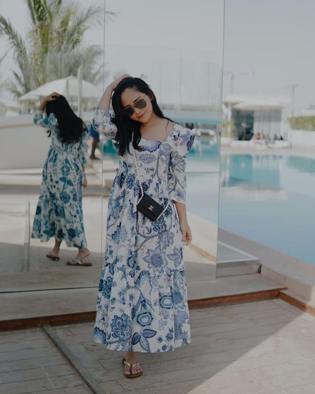 Potret Liburan Rachel Vennya di Dubai, Menikmati Burj Al-Arab hingga Gurun Pasir (222159)