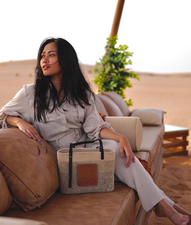 Potret Liburan Rachel Vennya di Dubai, Menikmati Burj Al-Arab hingga Gurun Pasir (222157)