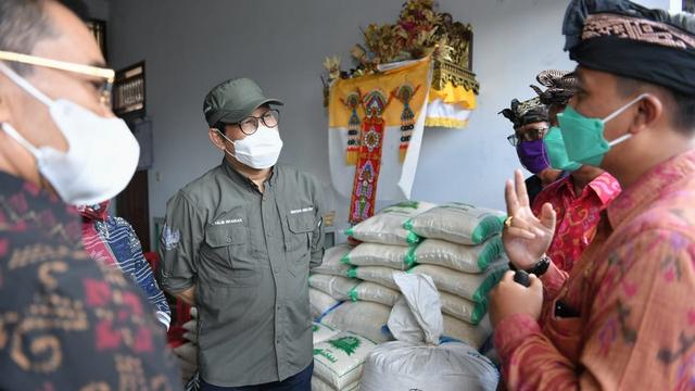 Mendes Sambangi Tabanan Bali, Bicara soal BUMDes Kunci Pemulihan Ekonomi (340150)