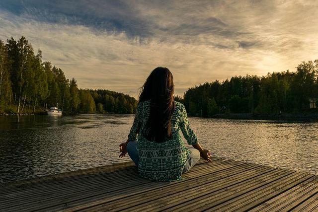 4 Kiat Mencintai Diri Sendiri yang Sering Terlupakan (64870)