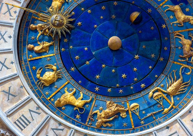 Bicara Zodiak, Apakah Milenial dan Gen Z Masih Percaya? (65551)