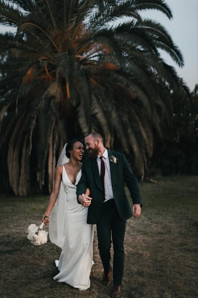 Biar Tak Kuras Bujet Pernikahan, Ini 9 Cara Memangkas Biaya Foto Prewedding  (23355)