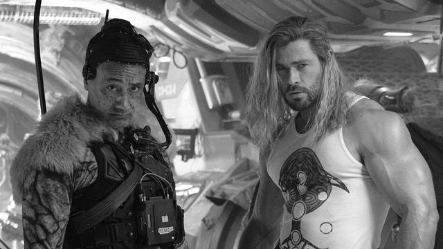 Syuting Selesai, Chris Hemsworth Ungkap Nuansa Film Thor: Love and Thunder (768173)