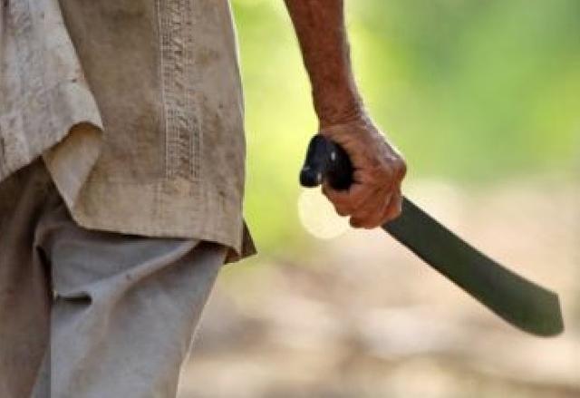 Warga Sei Jang Terkapar Bersimbah Darah Ditebas Parang (394024)