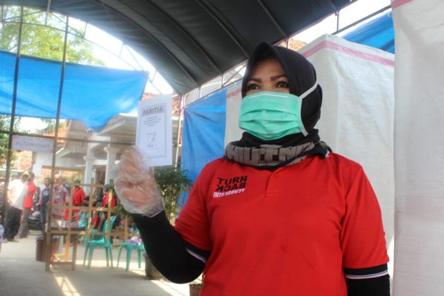 Profil Lely Uliyah, Ibu yang Kalahkan Anak Gadisnya di Pilkades Indramayu (3202)