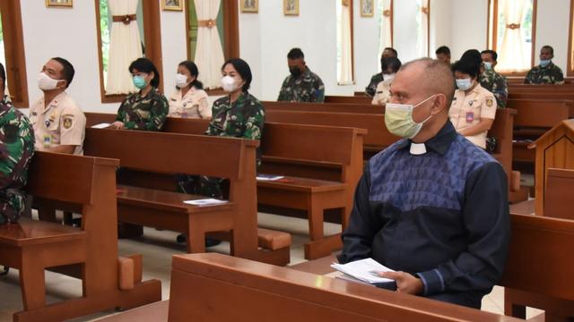 TNI AL Gelar Doa Bersama Serentak Peringati 40 Hari Gugurnya Kru KRI Nanggala (467401)