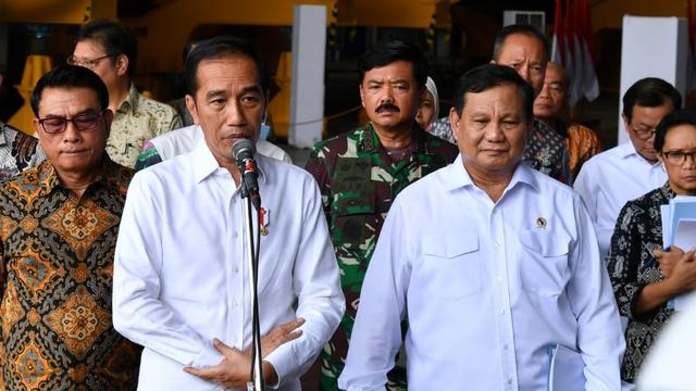 Jokpro 2024 soal Wacana Jokowi 3 Periode Disebut Sesat: Jangan Disamakan Orba (373511)