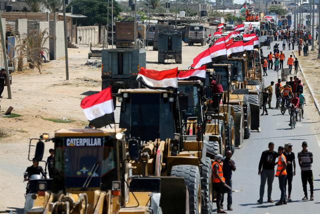 Foto: Mesir Kirim Bantuan untuk Memulai Rekonstruksi Gaza  (119597)