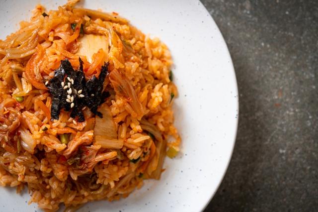 Resep Nasi Goreng Pedas ala Korea yang Bikin Nagih! (238484)