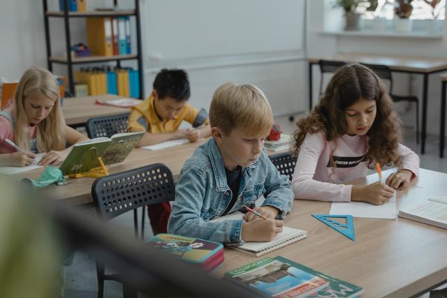 Kenali Tipikal Anak saat Belajar Berdasarkan Zodiaknya (40875)
