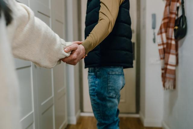 Tips Menghadapi Pasangan yang Kecanduan Main Game (422789)