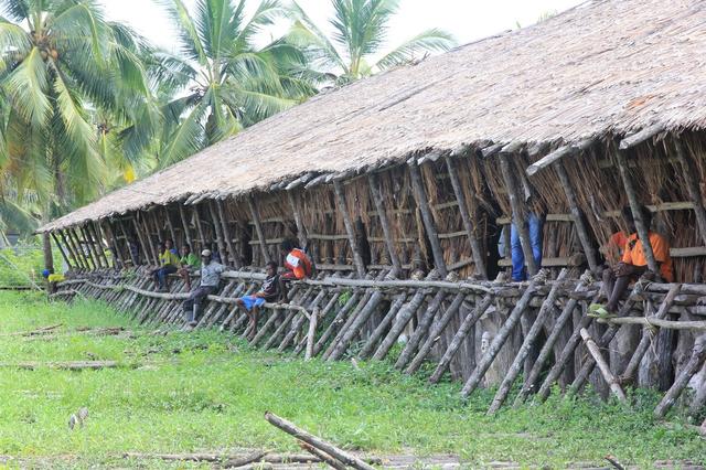 Keunikan Rumah Adat Papua, 5 Fakta Soal Bangunannya (43582)