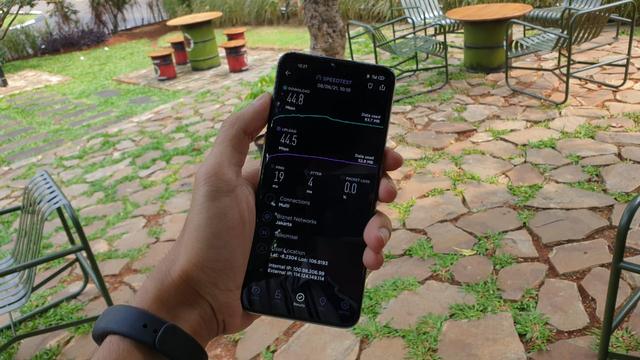 Menjajal 5G Telkomsel Pakai HP Murah Oppo A74 5G Tembus 223 Mbps (260905)