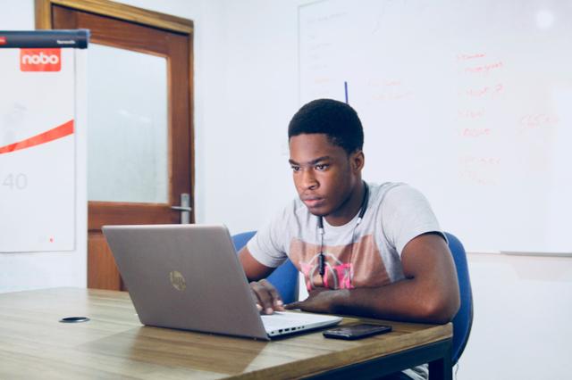 Cara Mengatasi Laptop Ngelag, Biar Cepat Lagi! (4595)