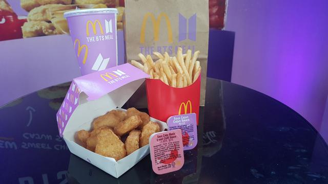 Heboh Kemasan Bekas BTS Meal McDonald's Dijual Jutaan Rupiah di E-commerce (128291)
