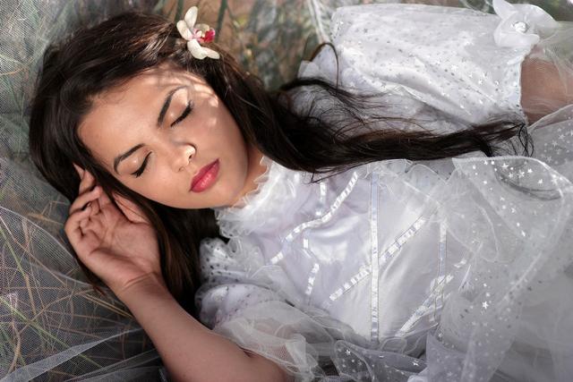 Mimpi Menikah dengan Orang Lain, Ternyata Artinya 'Dalam' Banget! (12605)