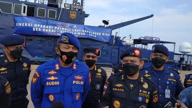 Rawan Penyelundupan di Laut, Bea Cukai Batam Gelar Patroli Gabungan (330770)