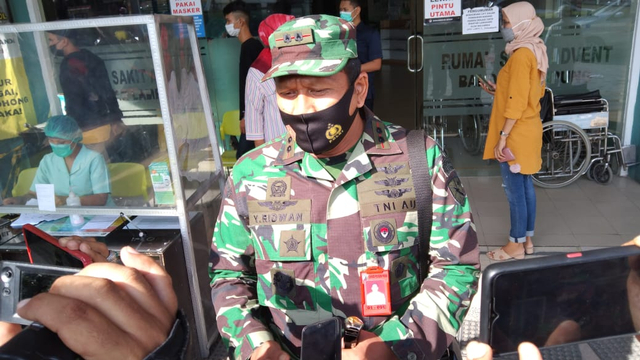 Komandan Lanud PM Bun Yamin Menjelaskan Kejadian Penembakan Anggota TNI AU (96242)