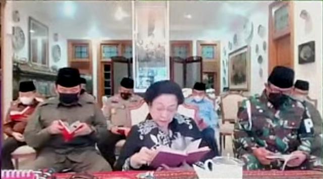 Mega, Puan, hingga BG Peringati Sewindu Wafatnya Taufiq Kiemas (567014)