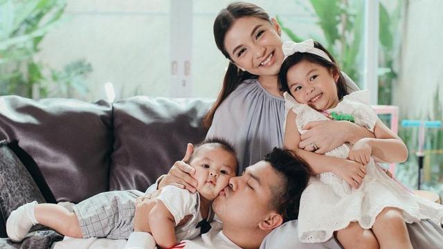 Chelsea Olivia Beri MPASI Bayi dari Alpukat dan Daging, Apa Manfaatnya? (329328)